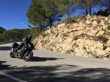 Spyder Motorcycles: Yamaha MT-10 Motorcycle Review