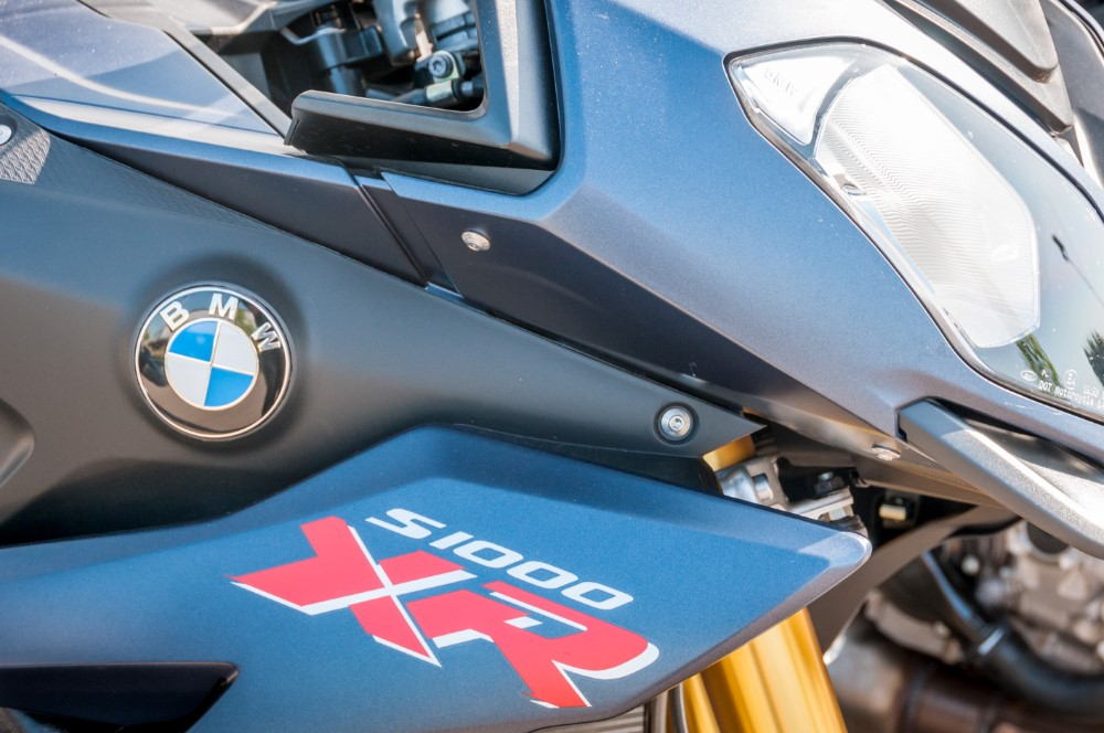 BMW Short-term lease and motorcycle hire service